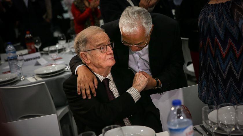 """Aniversário de Jorge Sampaio, """"um homem intranquilo"""" e capaz de """"ruturas"""""""