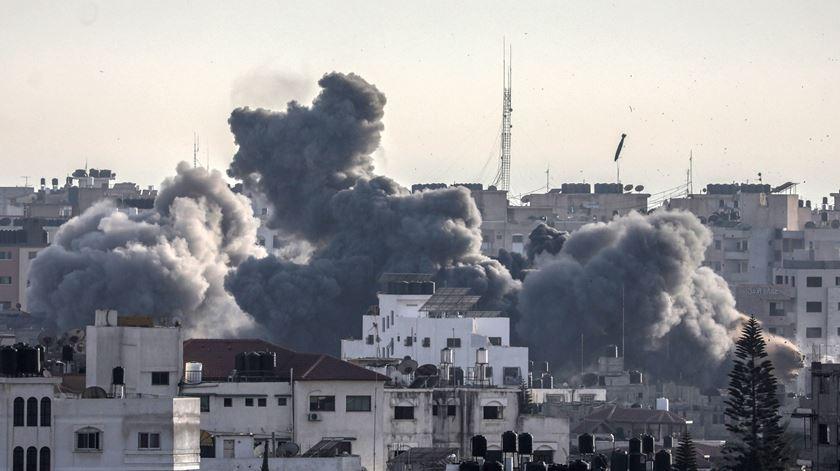 """Hamas anuncia acordo para """"por fim à agressão sionista"""" de Israel em Gaza"""