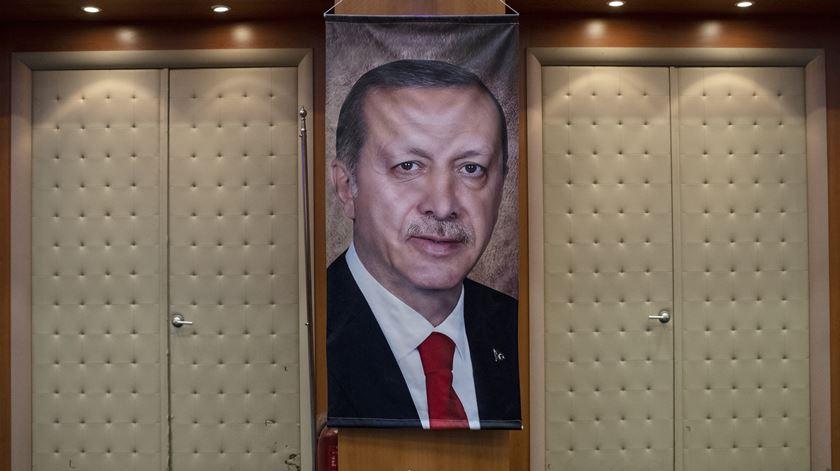 Jornalistas turcos denunciam prisão de 12 repórteres num mês