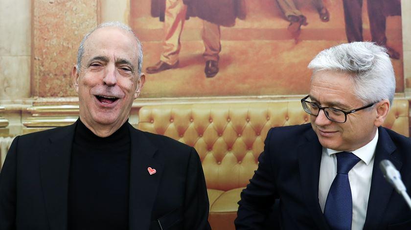 """Ferro responde a Berardo: """"O presidente da Assembleia da República não interfere nas comissões de inquérito"""""""