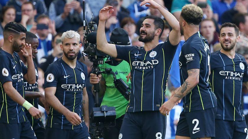 Covid-19. Jogador do Manchester City testa positivo