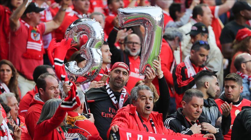 Benfica é campeão. Veja a festa do título na Luz