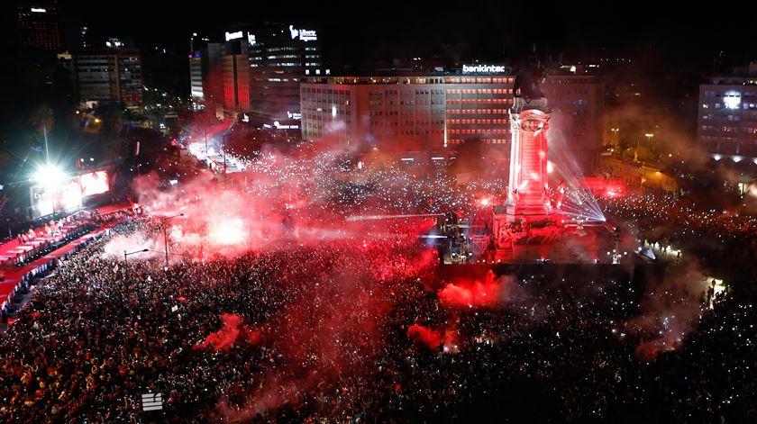 Benfica. Equipa e adeptos celebram 37º conquista do campeonato nacional