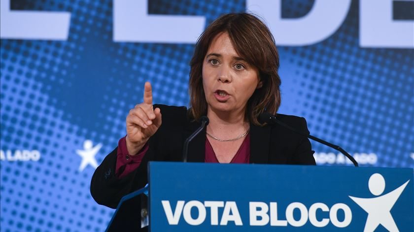 Catarina Martins agradece entrada de Passos e Portas na campanha - Reportagem de Isabel Pacheco