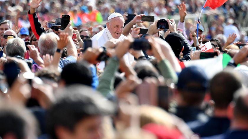 Papa saúda grupo da Renascença em Roma
