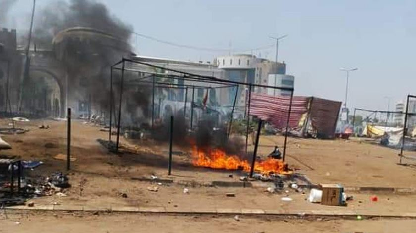 """""""Repressão brutal"""" no Sudão. Forças de segurança matam 35 manifestantes"""
