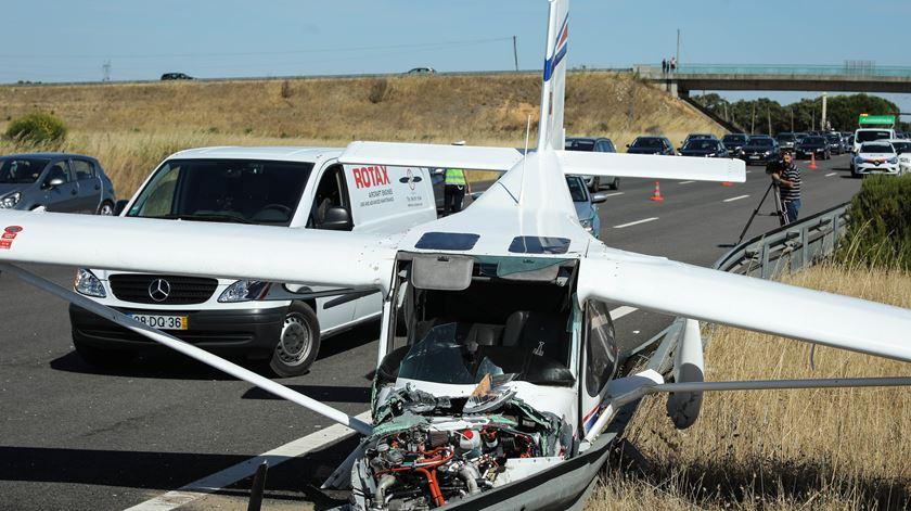 """Segundo o site """"Jetphotos"""", que reúne fotografias e alguma informação sobre aeronaves, trata-se de um Flyer 500BR Pelican, que em maio de 2019 pertencia a um privado. Foto: Miguel A. Lopes"""