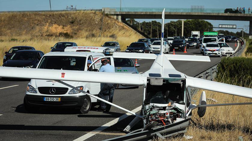 Fonte da Proteção Civil garante que às 16h45 a circulação já estava normalizada. Foto: Miguel A. Lopes