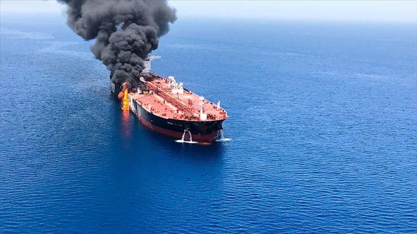 Petroleiro atacado no golfo de Omã Foto: ISNA