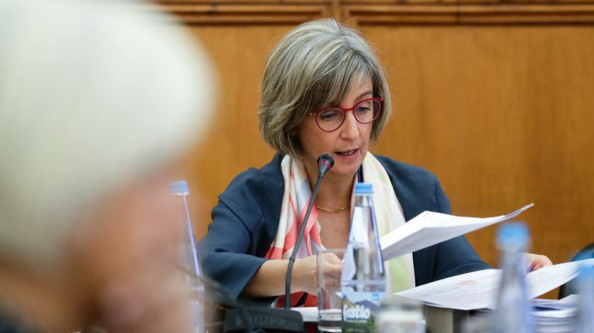 Ministra reage a notícia Renascença sobre tarefeiros e anuncia 150 vagas com incentivos