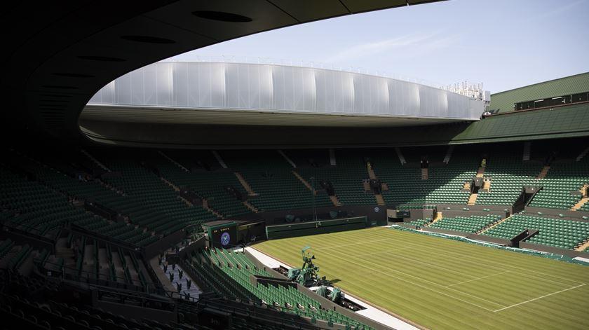 Coronavírus adia torneio de Wimbledon
