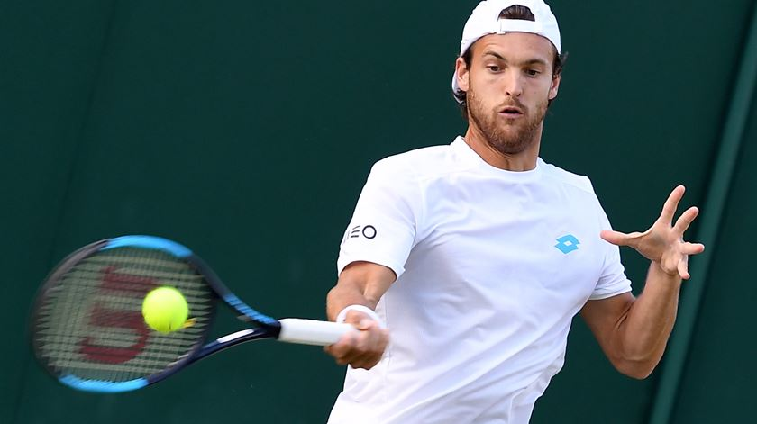João Sousa perde na primeira ronda do Open da Austrália
