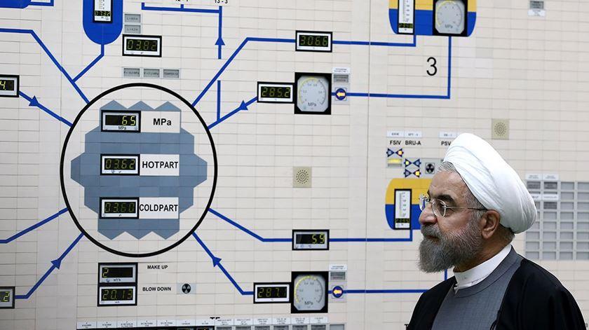 Nuclear: Inspetores internacionais autorizados a visitar dois locais no Irão