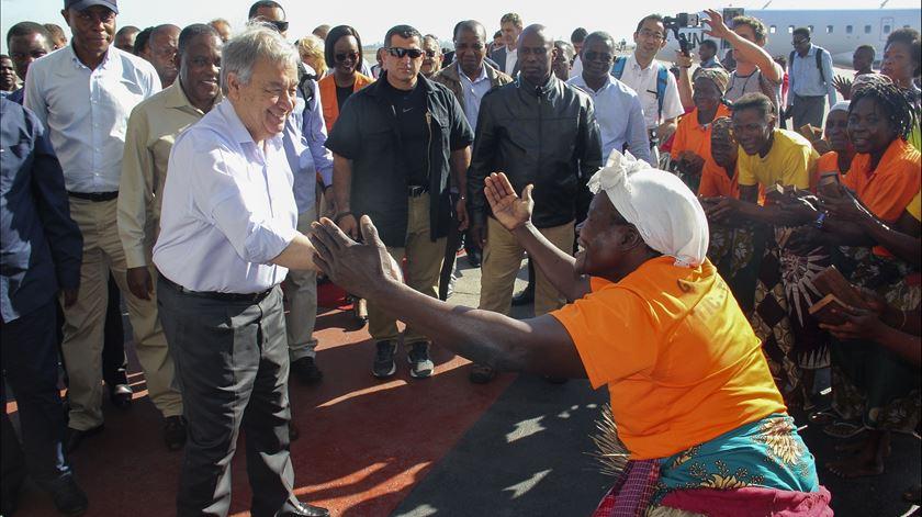 """Ciclone Idai. Guterres testemunha """"terrível nível de destruição e sofrimento"""" em Moçambique"""