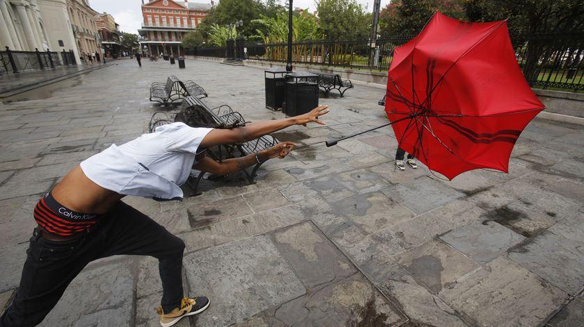 Tempestade tropical Barry deixa desalojados nos EUA