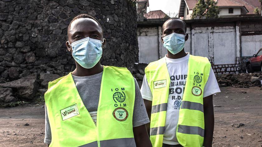 Ébola. UE reforça apoio financeiro para evitar que doença se espalhe