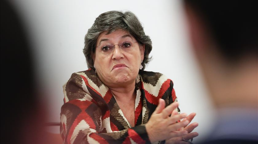 Ana Gomes pede demissão do governador do Banco de Portugal e acusa autoridades de conivência