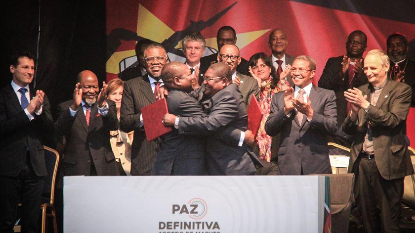 """Novo acordo de paz é """"fundamental"""" para prosperidade de Moçambique"""
