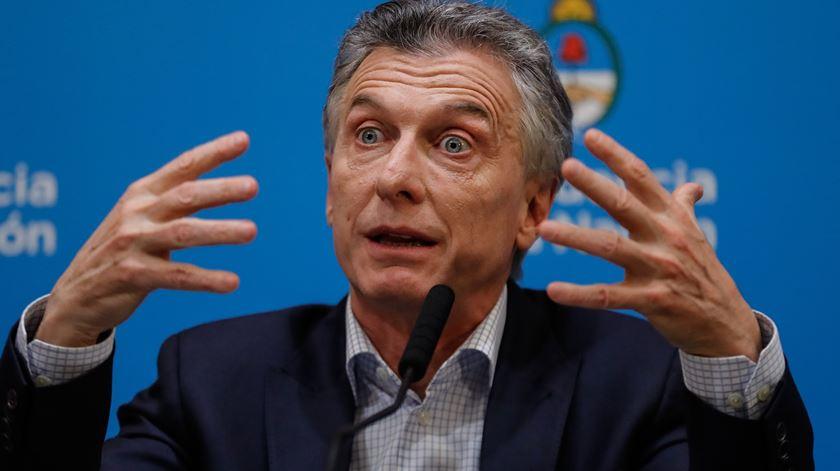 Crise na Argentina. Presidente anuncia medidas de emergência