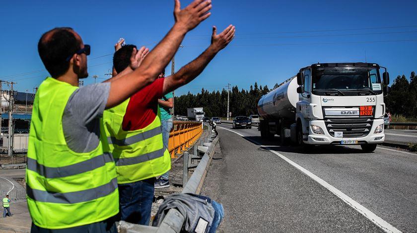 Greve dos motoristas. Especialista em negociação deixa conselhos a sindicato, ANTRAM e Governo