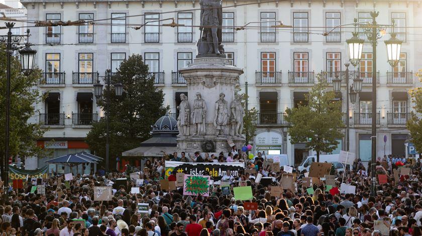 Cerca de 700 pessoas manifestam-se em Lisboa pela defesa da Amazónia