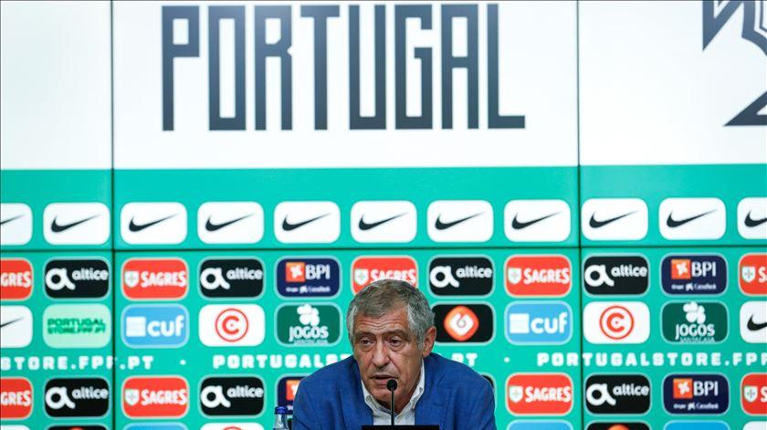"""Fernando Santos vê conquista do Euro 2016 como nova fase na """"autoestima"""" de Portugal"""