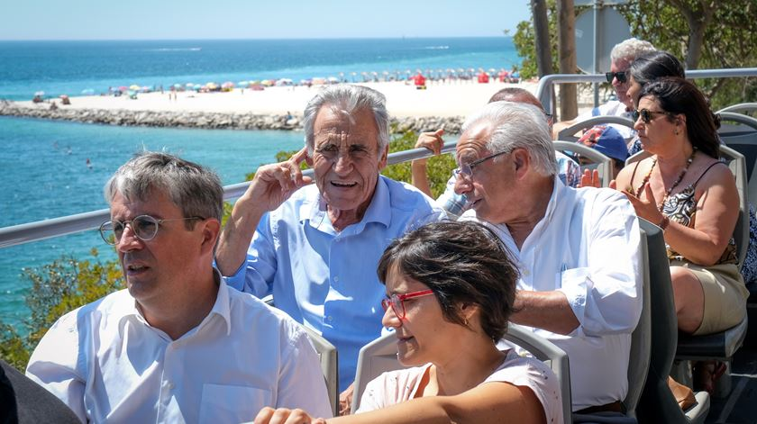 Jerónimo de Sousa visita as praias da Arrábida. Foto: Rui Minderico/Lusa