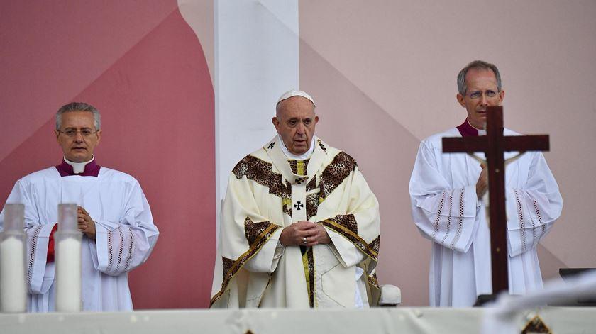 """Papa em Moçambique. """"Nenhum país tem futuro se o que o une é a vingança e o ódio"""""""