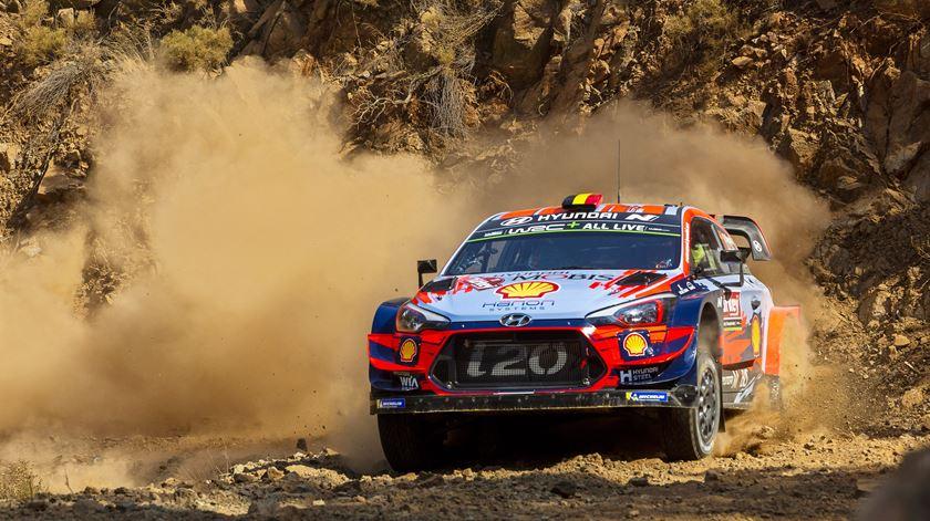 Thierry Neuville, Hyundai, Foto: Anna Kalagani/EPA