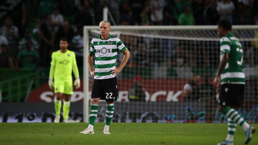 Mathieu suspenso por dois jogos
