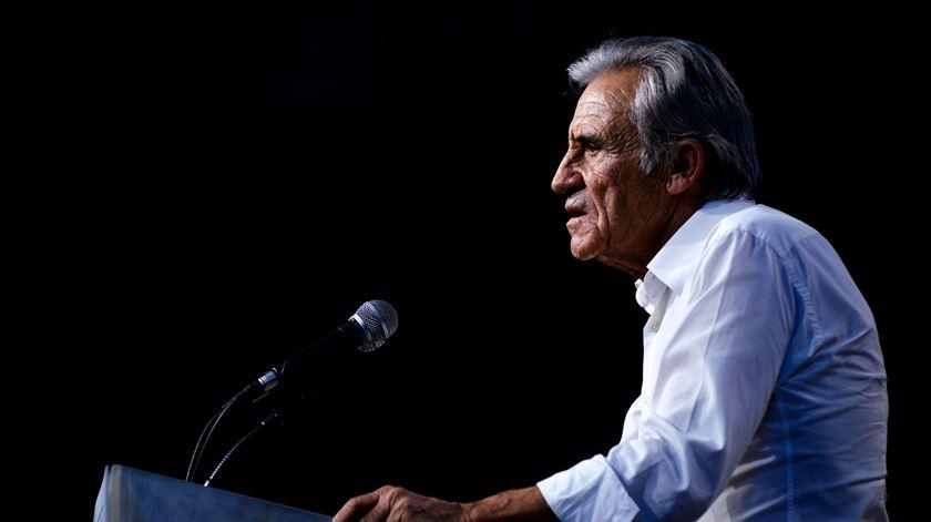 """Jerónimo deixa recado aos adversários: """"Fiem-se nas sondagens e vão ver a surpresa que terão na noite das eleições"""""""