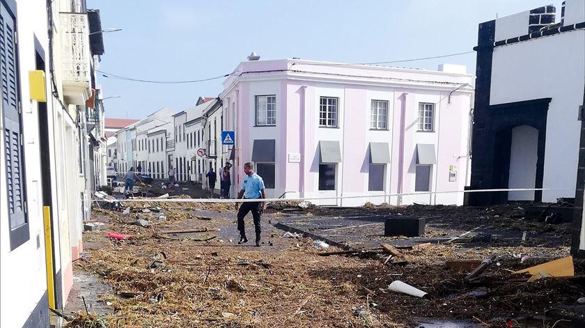 Açores. Marinha e Força Aérea vão ajudar na recuperação dos danos do furacão Lorenzo