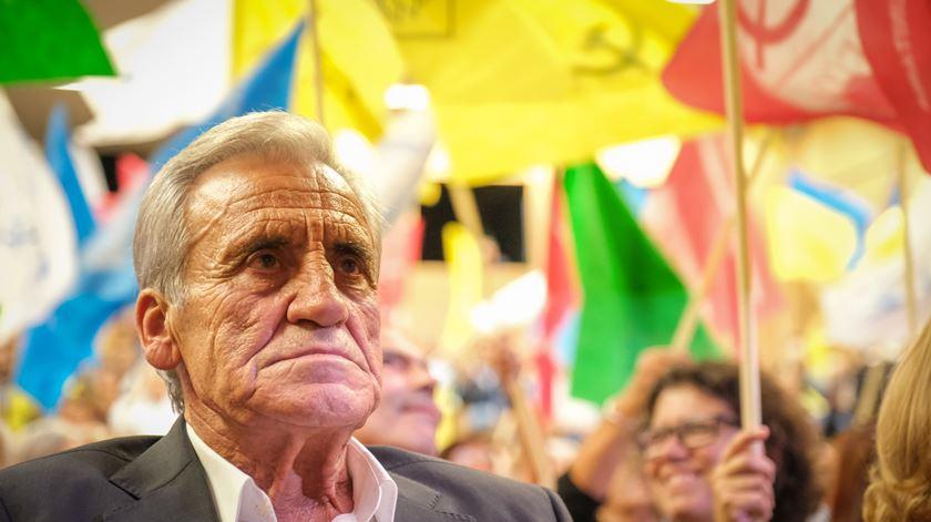 """Jerónimo de Sousa acusa BE de ter colaborado na """"farsa do PSD"""" sobre baixa do IVA"""