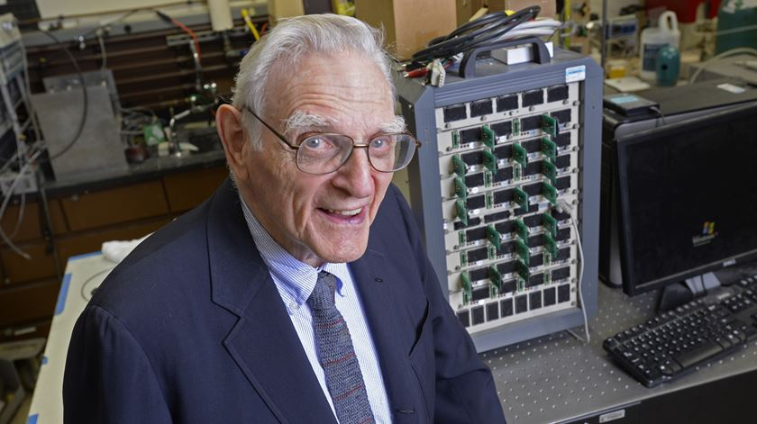 John B. Goodenough bate recorde como o mais velho laureado Nobel de sempre. Foto: EPA