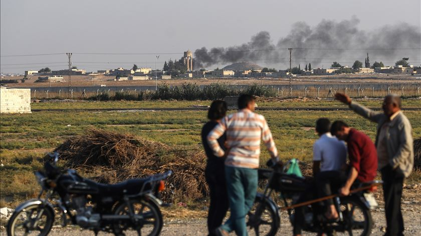 Operação turca na Síria já provocou 300 mil deslocados internos