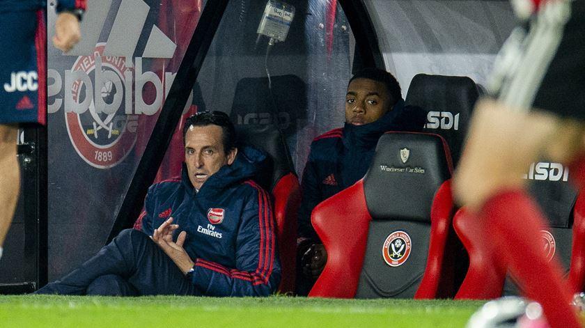 Atenção, Vitória de Guimarães: Arsenal perde em Sheffield e falha ataque ao pódio