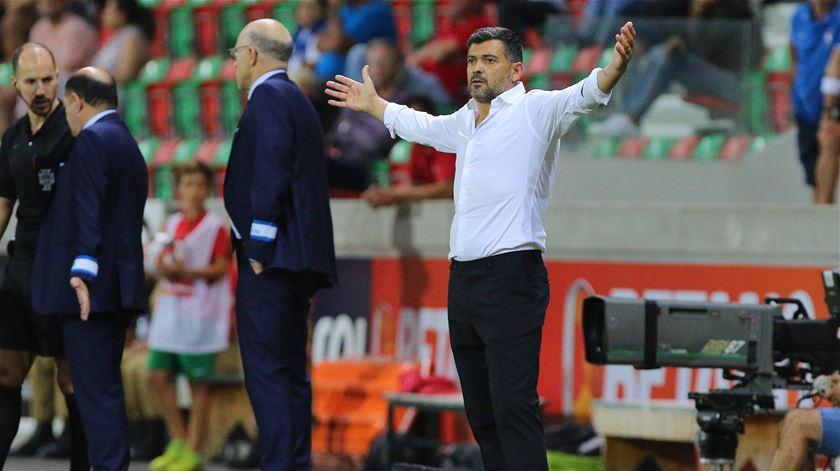 """Domingos Paciência compreende """"reação a quente"""" de Conceição. """"Um treinador não pode estar preocupado com o que dizem"""""""