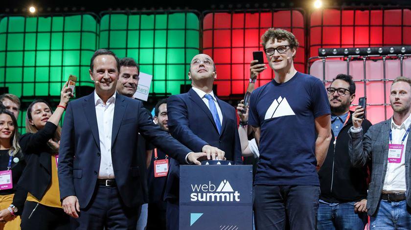 """Ministro da Economia diz que ritmo de mudança na Web Summit """"espelha ritmo"""" da transformação digital"""