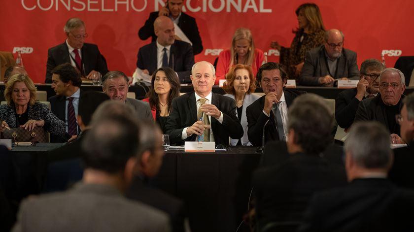 """PSD tem de """"apostar a sério nas autárquicas"""", aponta Rui Rio"""