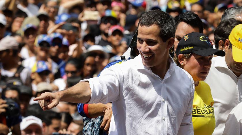 Guaidó apela a nova onda de protestos na Venezuela