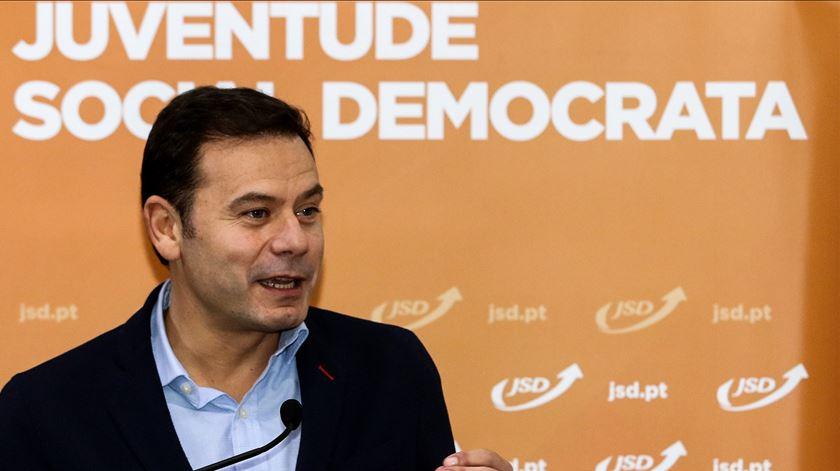 PSD. Eleições nos conselhos superiores deveriam ser após as diretas, diz Montenegro