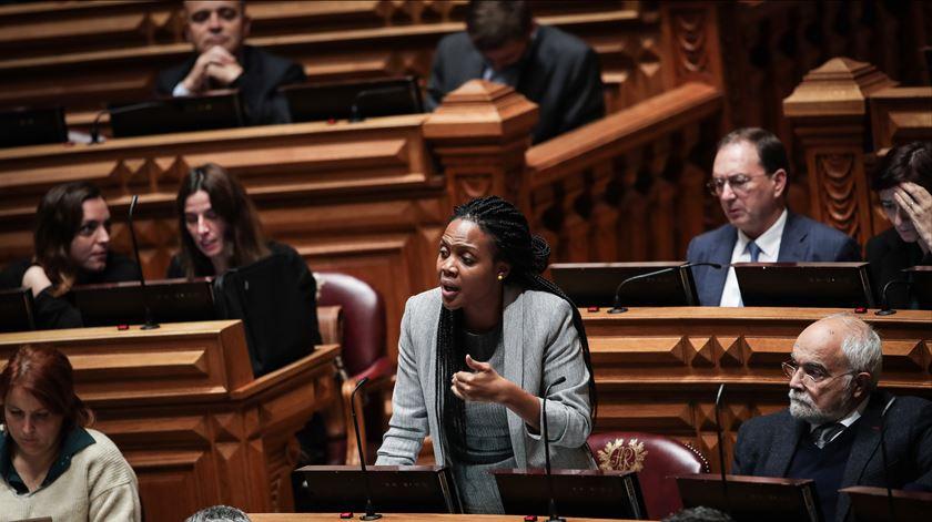 Escolta a Joacine. PSP admite reclamar contra intervenção da GNR