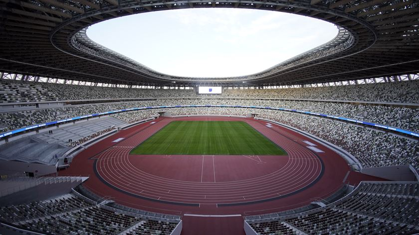 Tóquio. Estádio Olímpico inaugurado