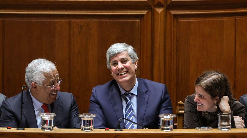 """Um debate poético. O """"CR7 das finanças"""" evocou Fernando Pessoa para defender o OE"""