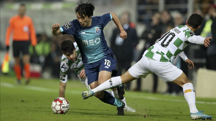 Sérgio confirma indisponibildade de Nakajima, Pepe e Zé Luís