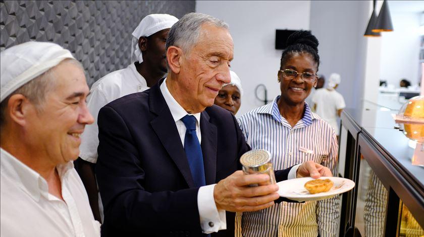 """Marcelo diz que relação com Moçambique não se deixa distrair por """"ruídos"""""""