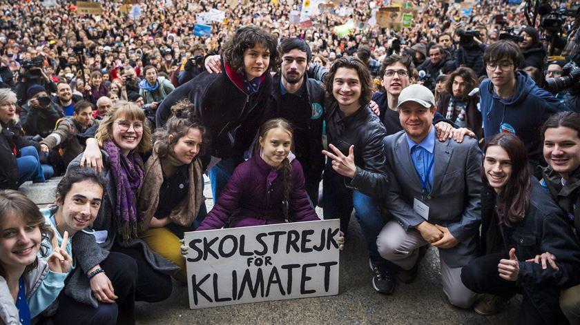 """""""Vocês ainda não viram nada"""". Greta Thunberg manifesta-se em Lausanne, em vésperas do Fórum de Davos"""