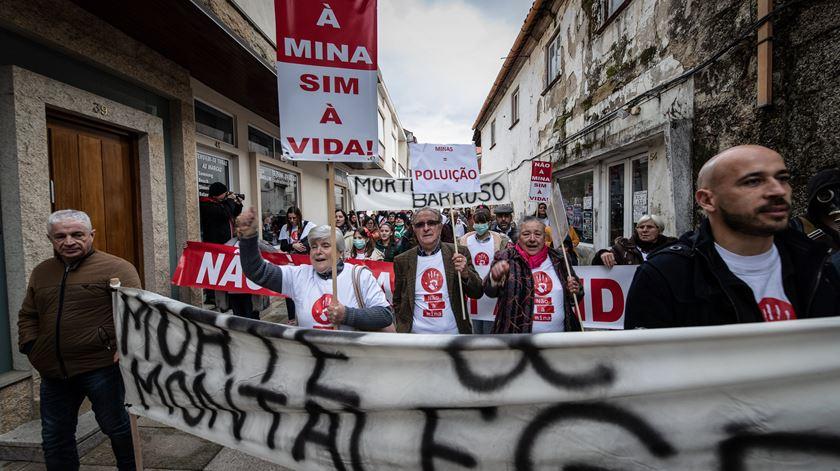 """Elisa Ferreira avisa que exploração de lítio tem de """"garantir impacto ambiental reduzido"""""""