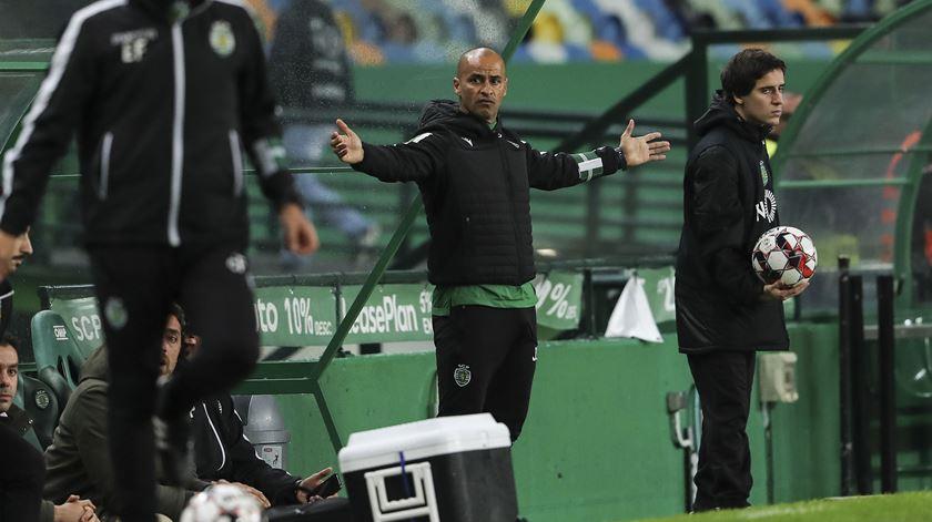 Silas define objetivo de ultrapassar o FC Porto no segundo lugar