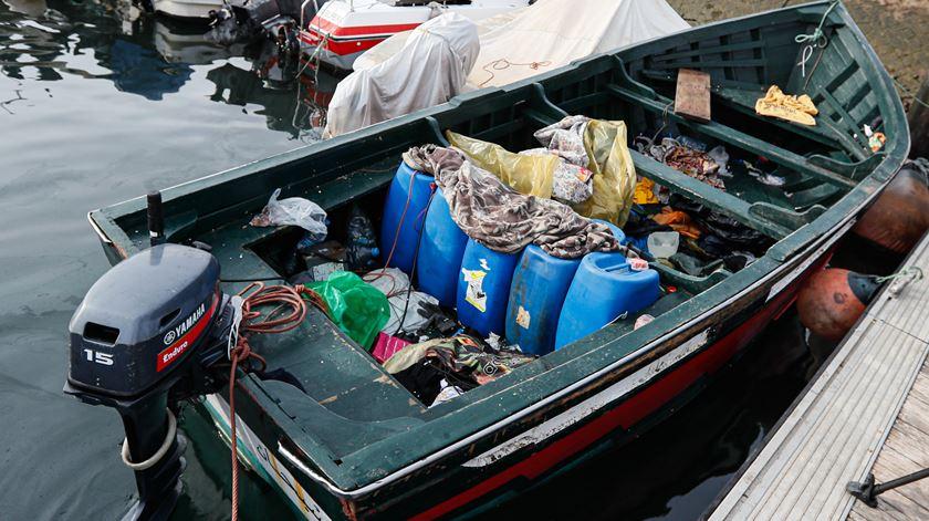 Onze jovens marroquinos intercetados pela Polícia Marítima em Olhão
